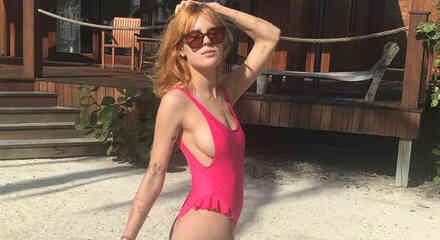 Tallulah Willis en bikini rosa