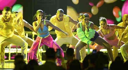 Becky G y Anitta en los Premios Billboard de la Musica Latina 2019
