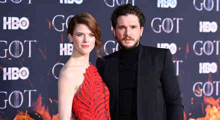 Kit Harington y Leslie Rose