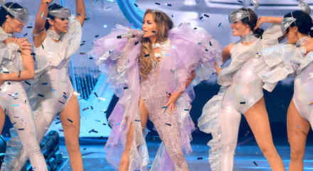 """Jennifer Lopez en concierto de su """"It's my Party"""" tour"""