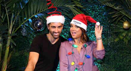 Adamari López y Toni Costa de compras navideñas