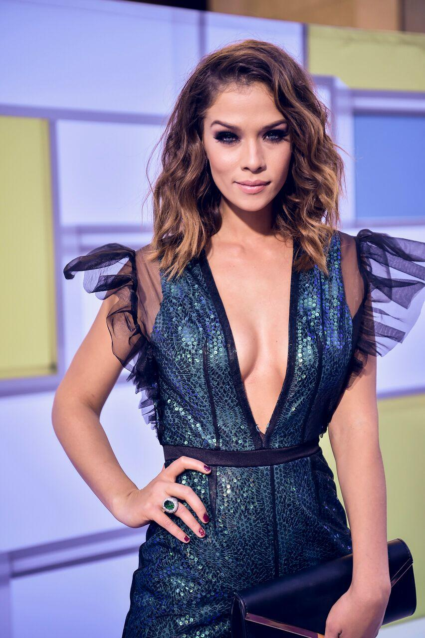 http://www.telemundo.com/sites/nbcutelemundo/files/styles/gallery_slide_full/public/images/gallery/2016/10/06/unspecified-56.jpeg?itok=mlE4r8oY