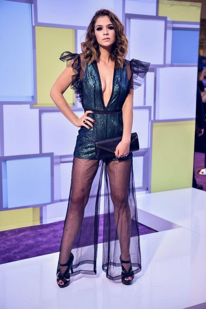http://www.telemundo.com/sites/nbcutelemundo/files/styles/gallery_slide_full/public/images/gallery/2016/10/07/carolina-miranda-alfombra-latin-american-music-awards.jpg?itok=PPU6bWGL