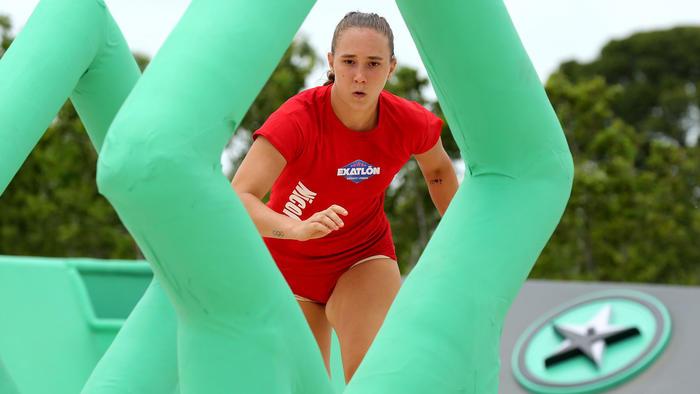 Nicole Regnier corre concentrada por un rombo