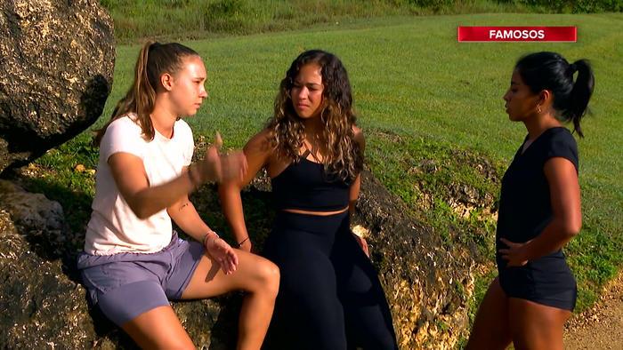 Nicole habla con Shaila y Valerie