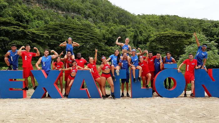 Los equipos con el letrero de Exatlón