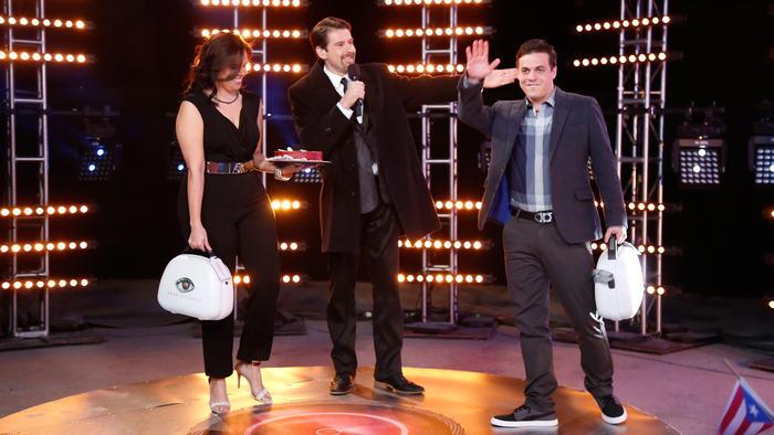 Jommart, Eduardo videgaray y Carlos en el estreno de Gran Hermano