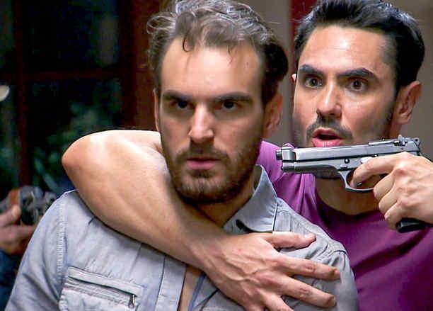 Lincoln Palomeque, Manuel, furioso, Señora Acero 3 La Coyote