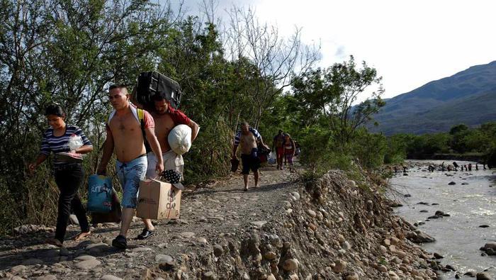 Unos 4,7 millones de venezolanos —el 16% de la población del país— han huido del territorio nacional desde que la economía sufriera una contracción del 65% en 2013.