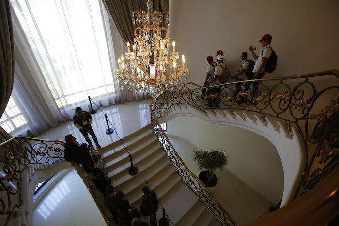 Luego de que se abrió la residencia al público la gente se comenzó a preguntar dónde quedaron las obras