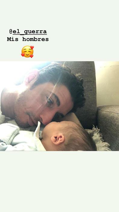 Alberto Guerra con su hijo Luka