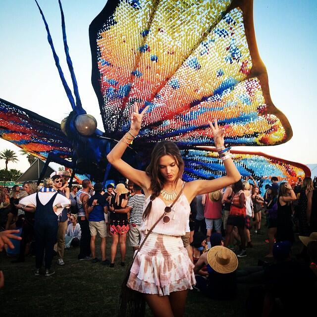 Alessandra Ambrosio en Coachella 2015