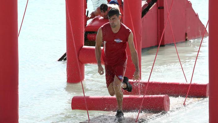 Alexander Rodríguez corriendo con ventaja en el circuito