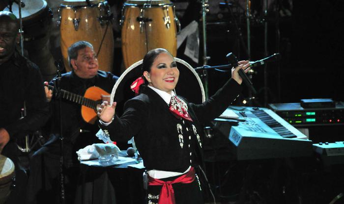 Ana Gabriel, finalista en Los Premios Billboard 2015
