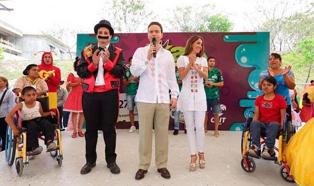Anahí y Manuel Velasco