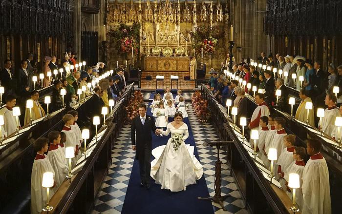 Durante la ceremonia la pareja no dejó de sonreír.