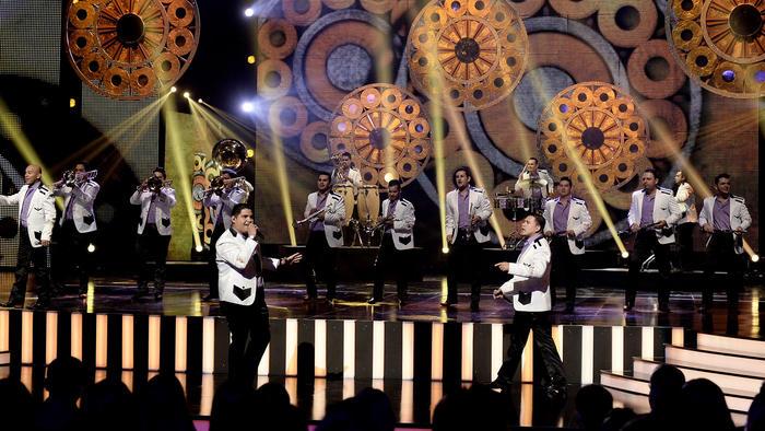 Banda La Adictiva tocando en vivo