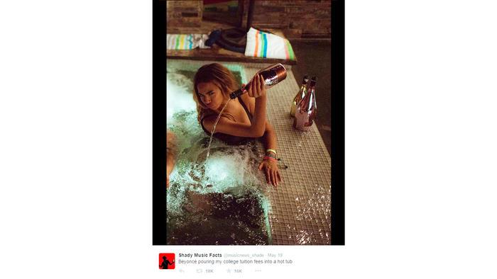 Beyoncé bañándose en champán