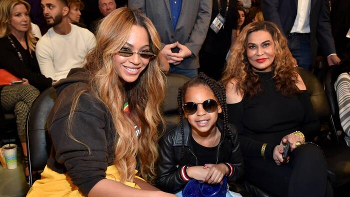 Beyoncé con Blue Ivy y Tina Knowles