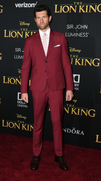 Billy Eichner en la alfombra de The Lion King