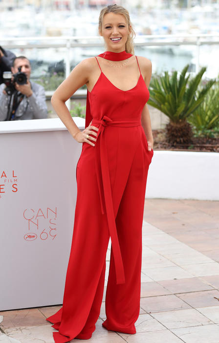 Blake Lively en la rueda de prensa de 'Cafe Society' en Cannes