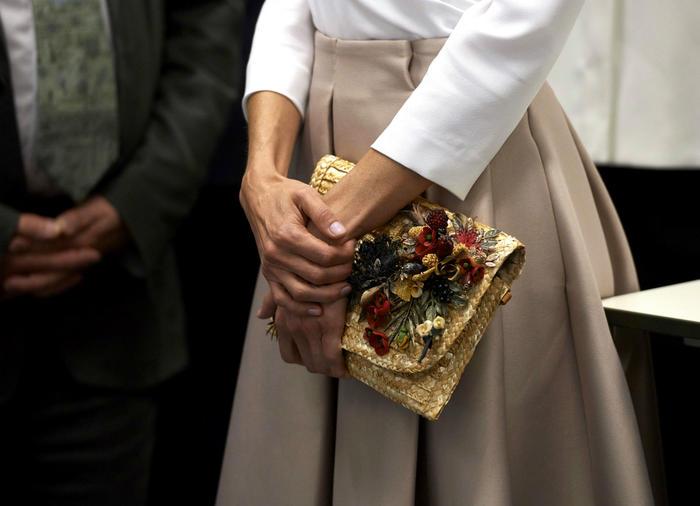 Manos de la reina Letizia en Inglaterra