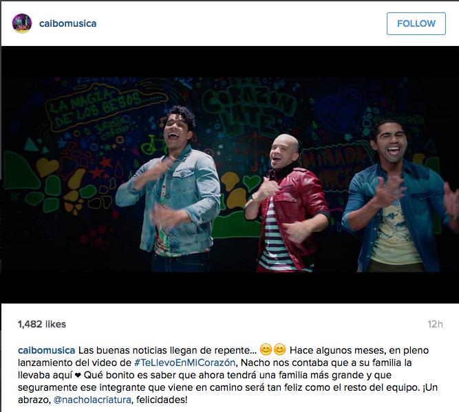 los integrantes de caibo, bet y toto, junto a nacho en el video 'te llevo en mi corazón'.
