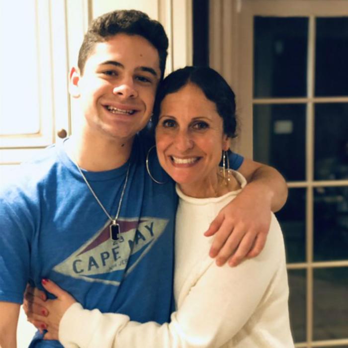 Cooper y su mamá, Jenny Grossman