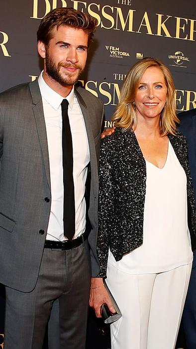 chris hemsworth y su mamá