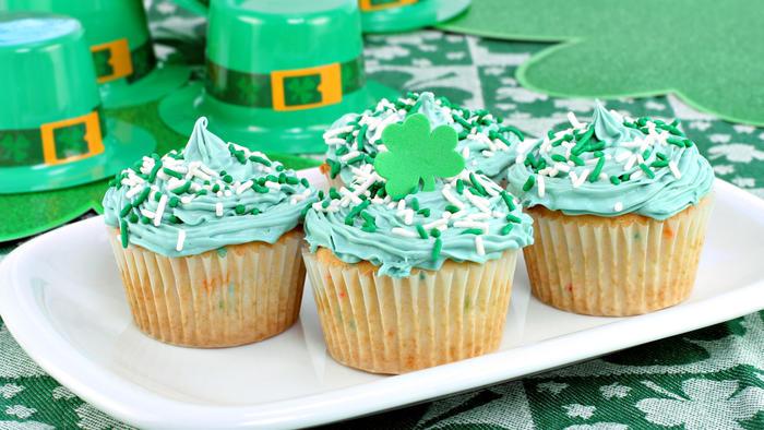 Cupcakes decorados con motivo del día de San Patricio