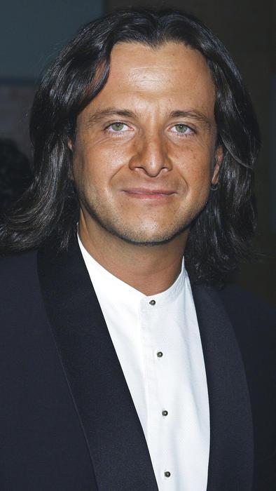 Eduardo Palomo en los 33rd Nosotros Golden Eagle Awards en 2003