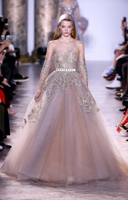 Elie Saab : Runway - Paris Fashion Week - Haute Couture Spring Summer 2017