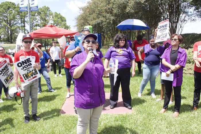 Elsa Caballero, presidenta del sindicato SEIU en Texas, afirmó que hace falta un compromiso serio para mejorar el avance social de los hispanos, sin importar su estatus migratorio