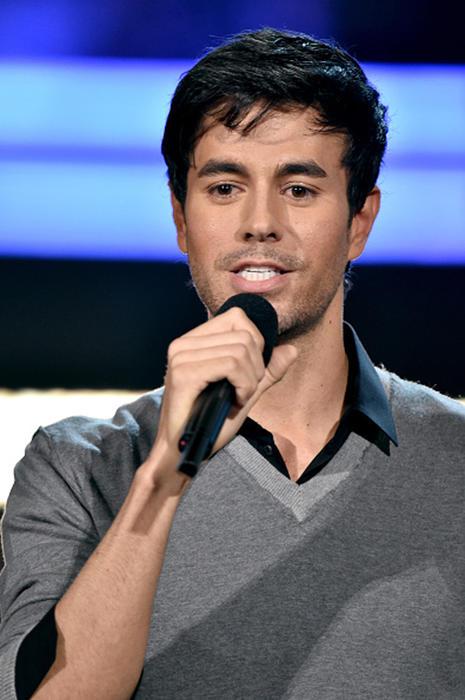 Enrique Iglesias en Los Grammys en Los Ángeles 2015