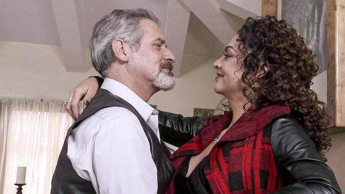 Leonardo Daniel, Marisela González, abrazados, El Señor de los Cielos