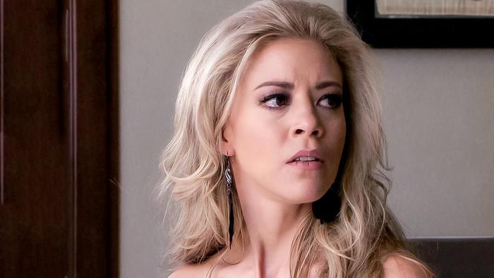 Fernanda Castillo, Mónica Robles, furiosa, El Señor de Los Cielos
