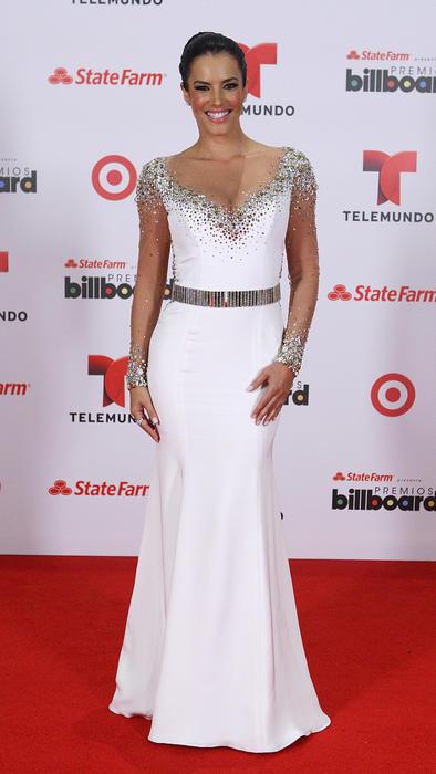Gaby Espino en alfombra roja de Premios Billboard 2013