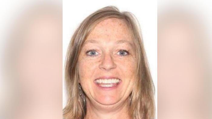 Gail Cleavenger, de 46 años, fue estrangulada durante 30 minutos por su hijo.