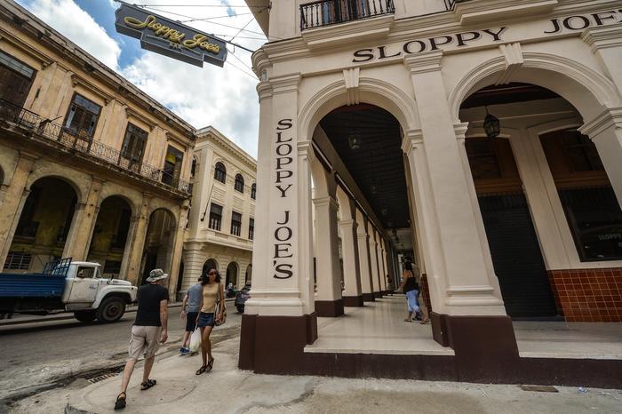 CUBA-TOURISM-SLOPPY JOE BAR