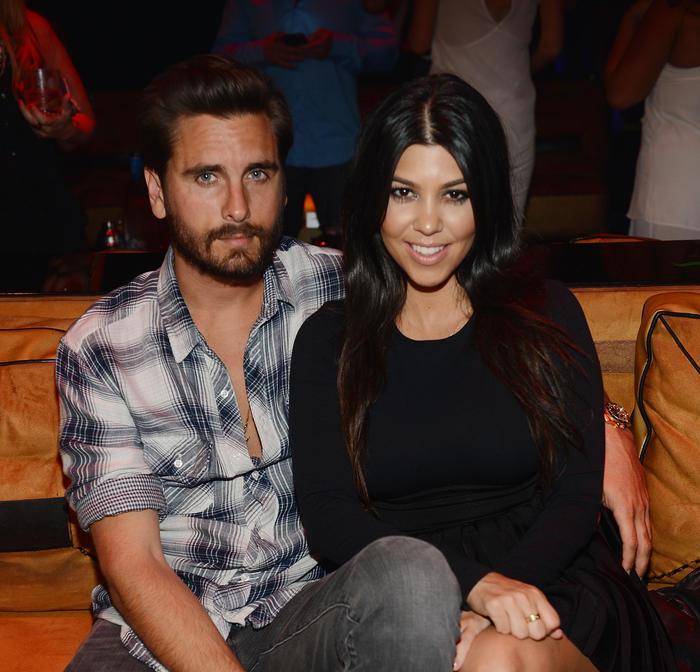 Scott Disick celebrando el cumpleaños de Kourtney Kardashian en un club de Las Vegas