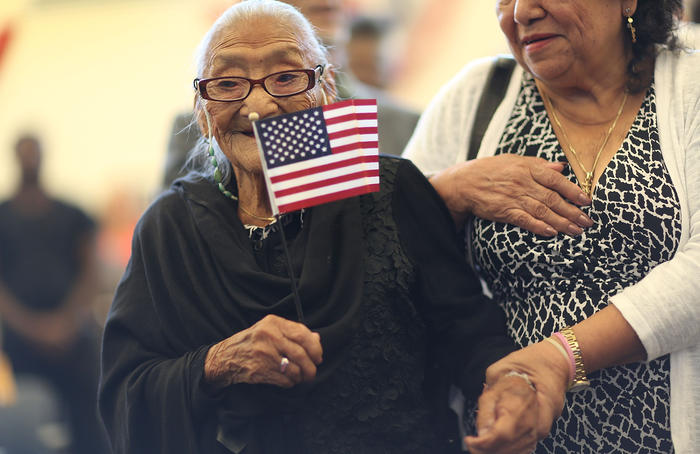 101 Year Old Among 141 To Be Naturalized At Ceremony In Miami