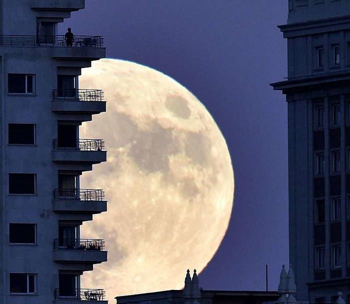 La superluna del 14 de noviembre de 2016 en Madrid