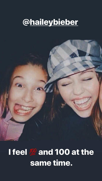 Hailey Baldwin con Miley Cyrus