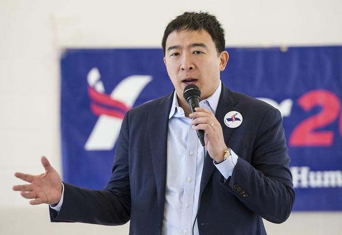 Andrew Yang, uno de los candidatos demócratas que aspira a ganar las elecciones presidenciales del 2020.