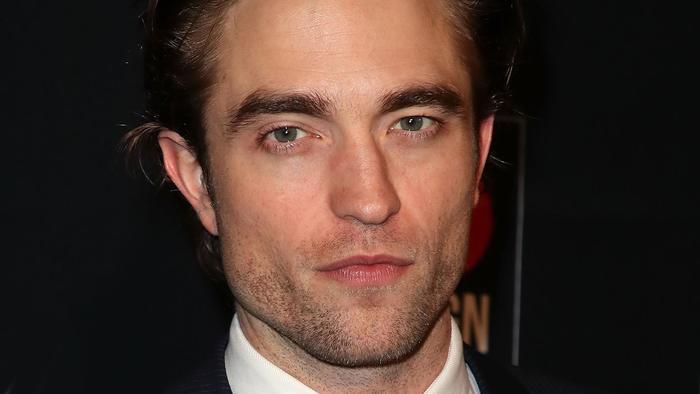 Robert Pattinson en Los Angeles en la Go Campaing Gala de 2018