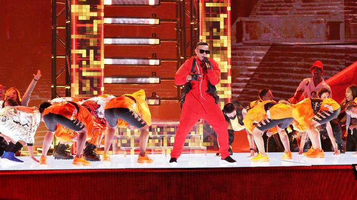Daddy Yankee en los Latin AMAs 2019