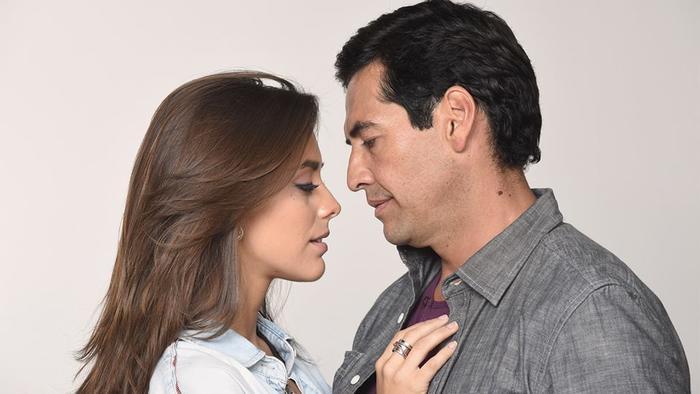 Maria Elisa Camargo y Gabriel Porras Premios Tu Mundo 2016