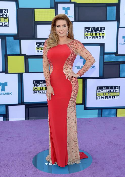 Alicia Machado en la alfombra morada de los Latin American Music Awards 2016