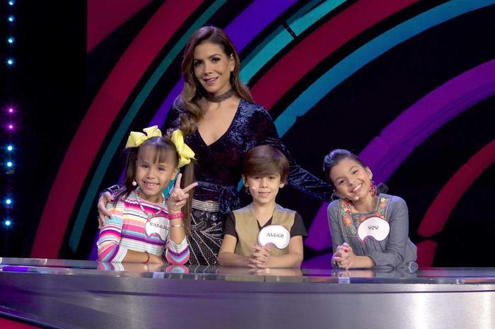 Patricia Manterola junto a los panelistas de Siempre Niños