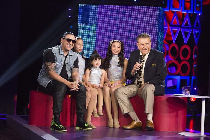 Elvis Crespo y su hija Génesis en Siempre Niños